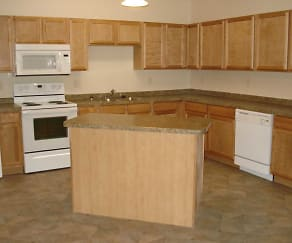 Kitchen, WillowBrooke Lodge Apartments