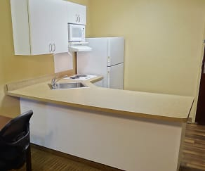 Kitchen, Furnished Studio - Houston - NASA - Johnson Space Center