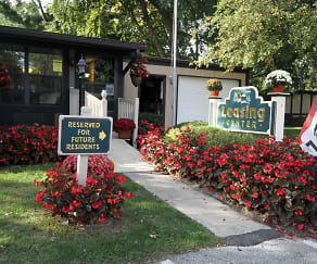 Leasing Office, Fox Creek Apartments