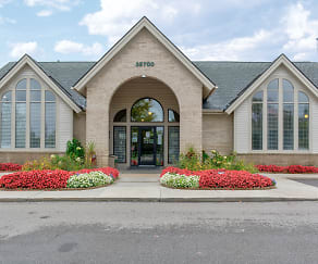 Leasing Office, Woodland Meadows