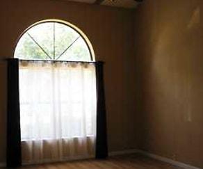 Living Room, 10815 Lagrange Park Dr NE