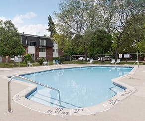 Pool, Parkway Village Apartments