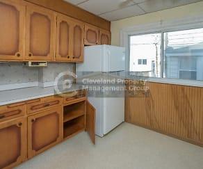 Kitchen, 4908 E 85th St