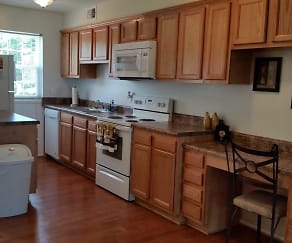 Kitchen, Christopher Crossing