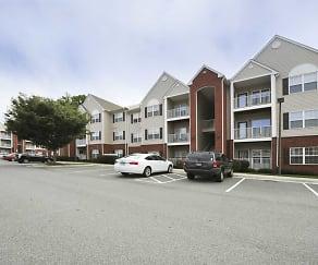 Building, Wyndhurst Villas Apartments