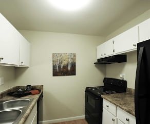 Kitchen, Summer Trace Apartments
