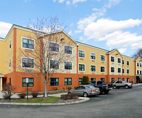 Building, Furnished Studio - Ramsey - Upper Saddle River