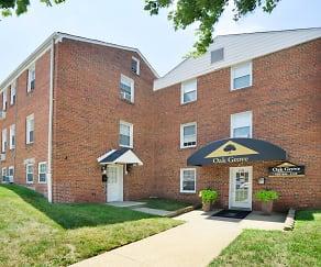 Building, Oak Grove Apartments & Townhomes