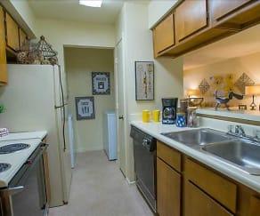 Kitchen, Creekwood