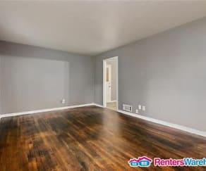 Living Room, 9111 Vaughn Ave