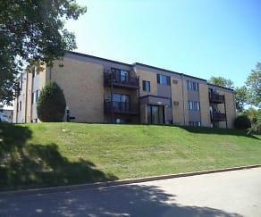Building, Summit Park Apartments