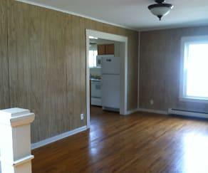 Hardwood Floors, 116 S. Magnolia