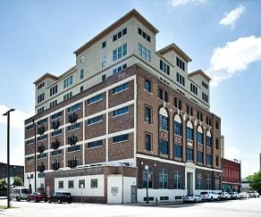 Building, Paramount Waco