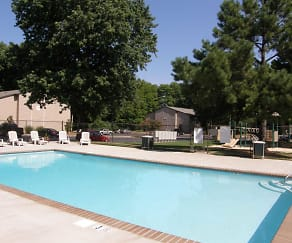 Pool, The Woodlands Apartment Homes
