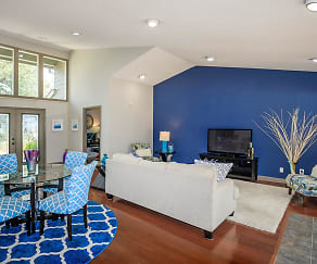 Living Room, Matthews Pointe