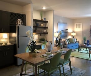 Dining Room, Comet Westgate
