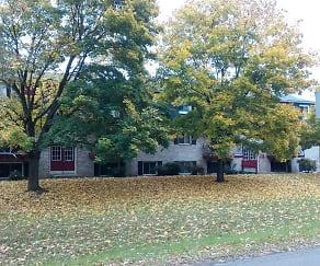 Building, Hickory Estates