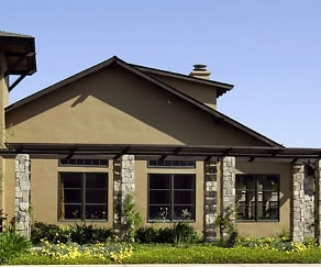 Clubhouse, Polo Villas