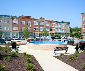 Pool, Festival Park at Village Green