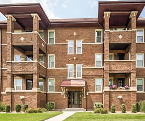 Clubhouse, Oak Park Residence Corporation Apartments