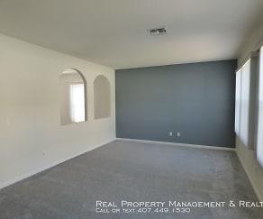 Living Room, 4902 Heartland St