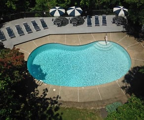 Pool, Sutton Place