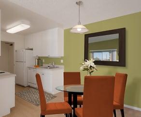 Dining Room, eaves Diamond Heights