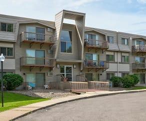 Building, Birch Park Apartments
