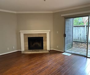 Living Room, 1359 Parkway Drive