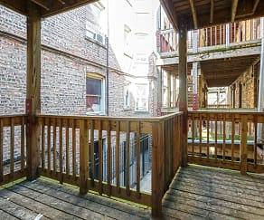 Patio / Deck, 7369-79 North Damen Avenue