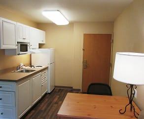 Kitchen, Furnished Studio - Atlanta - Perimeter - Peachtree Dunwoody