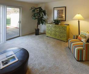 Living Room, Greenwood Oaks