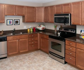 Kitchen, Creekside Apartment Homes