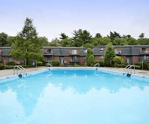 Pool, Stoney Brook Village