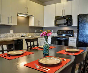 Kitchen, Emerald Ridge Apartment and Townhomes