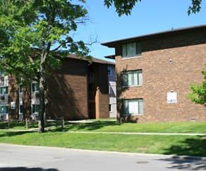Building, Locust III Apartments