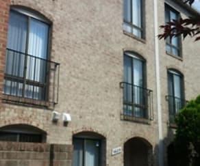 Building, 9689 Brassie Way