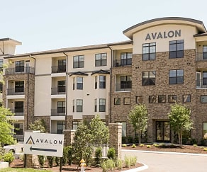 Building, Avalon at Seven Springs