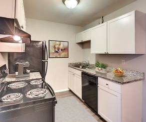 Kitchen, Enclave at Covington