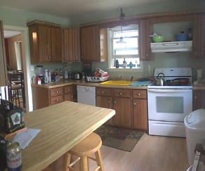 Kitchen, 127 Marion St
