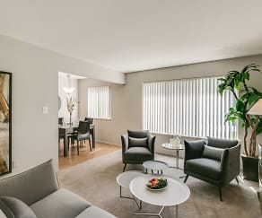 Living Room, Bloomfield Square Apartments