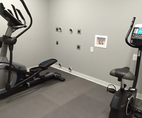 Fitness Weight Room, The Villas Downtown Springfield
