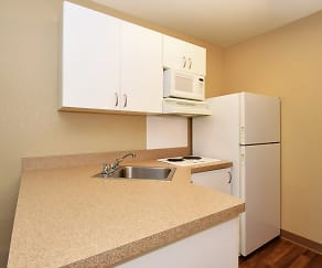 Kitchen, Furnished Studio - Columbia - Stadium Blvd.
