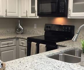 Kitchen, BridgeWater Pointe Apartments