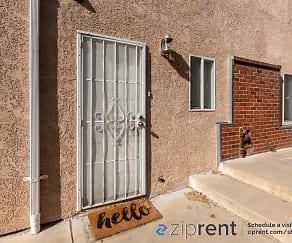 Building, 2137 E 23Rd St, B