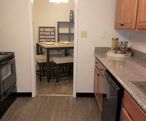 Kitchen, Lake Cove & Alexander