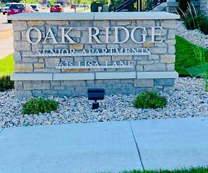 Community Signage, Oak Ridge Senior