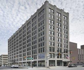 Building, 333 Penn Apartments