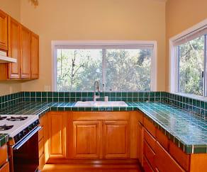 Kitchen, 946 Champion Lane # A