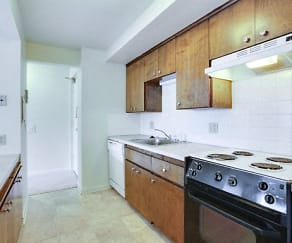 Kitchen - Appliances Included, Berkley Manor Apartments